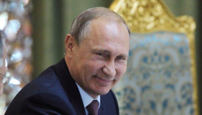 'Forbes' arī šogad par pasaulē ietekmīgāko cilvēku nosauc Putinu