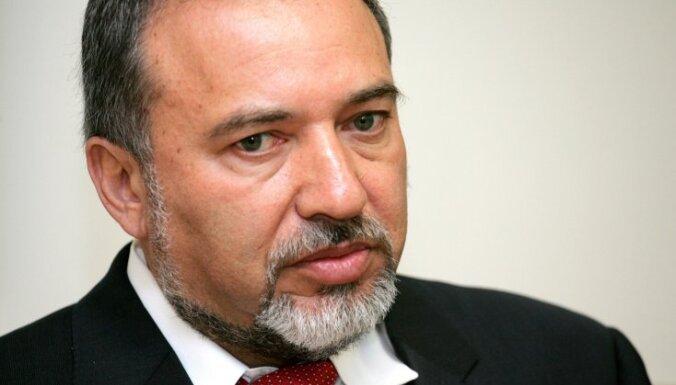 Вице-премьер Израиля Либерман подал в отставку