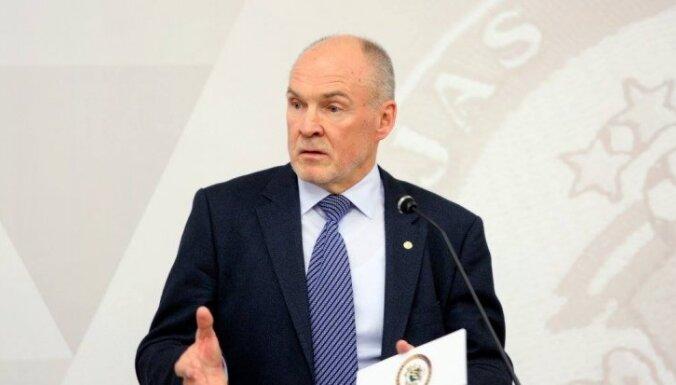 ФОТО: Индриксонс в очередной раз переизбран главой латвийского футбола