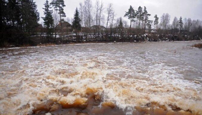 Ogrē izsludina oranžo brīdinājumu saistībā ar ūdens līmeņa paaugstināšanos