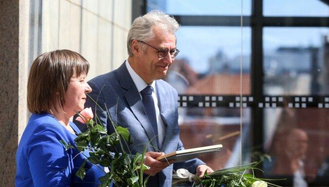 Foto: Rīgas amatpersonas pateicas par atbalstu ārkārtējās situācijas laikā