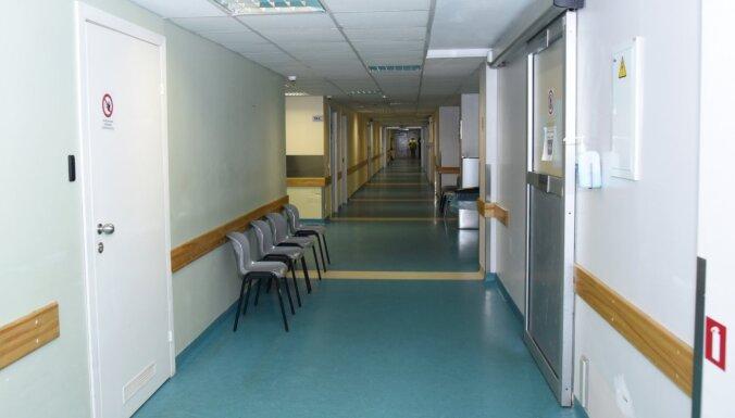 Insultu pat vairāk; arī Stradiņa slimnīca aicina neatlikt palīdzības meklēšanu