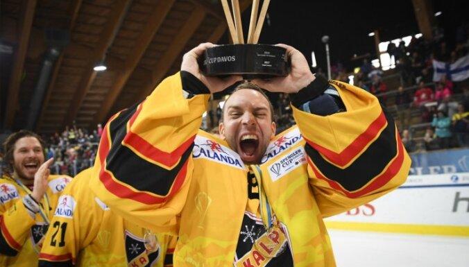 Somijas klubs 'KalPa' pirmo reizi triumfē Špenglera kausā