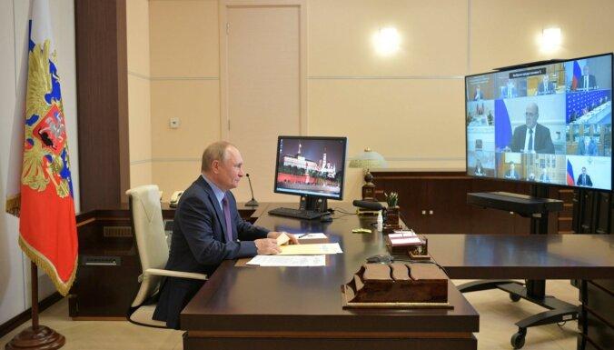 Putina tuvāko lokā ar Covid-19 saslimuši vairāki desmiti cilvēku