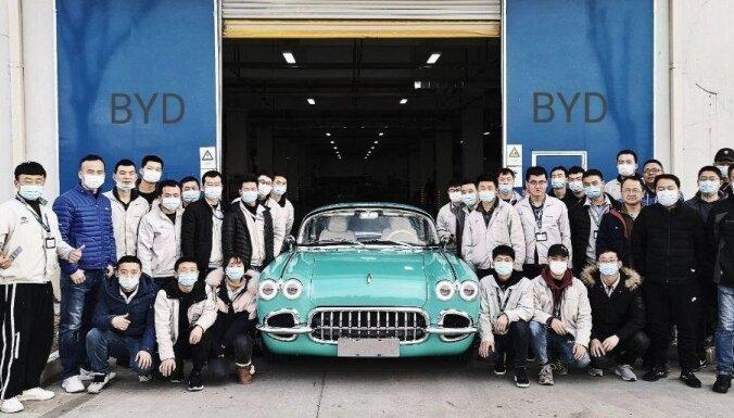 Ķīna ražošanā ievieš klasiskā 'Corvette' pakaļdarinājumu; 'Chevrolet' pret to neiebilst