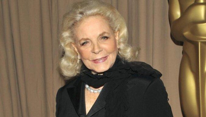 Умерла одна из величайших звезд Голливуда - актриса Лорен Бэколл