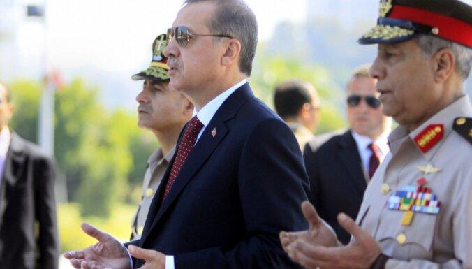 Eiropas Savienība īsteno 'krusta karu' pret islāmu, paziņo Erdogans