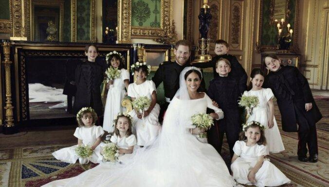 Karaļnams publisko Saseksas hercogu pāra oficiālos kāzu foto