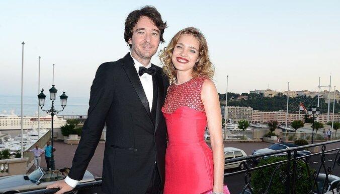 Supermodele Natālija Vodjanova kļuvusi par franču miljardiera sievu