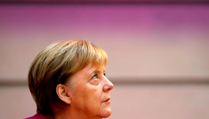 Меркель: Европа не вправе прерывать отношения с Россией