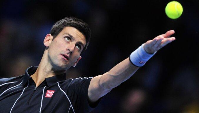 """Федерера хватило на сет против Джоковича, Надаль обыграл """"клиента"""""""
