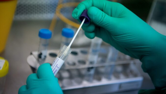 Коронавирус: гражданка Латвии эвакуирована из эпицентра эпидемии во Францию