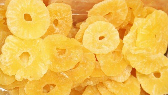Ananasu sukādes