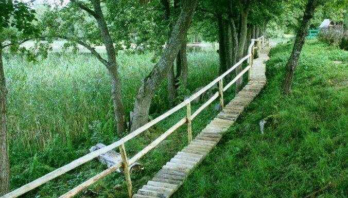 Leģendām un nostāstiem apvīti tūrisma objekti Latvijā