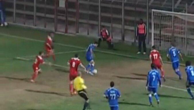 Израильского футболиста арестовали в перерыве матча
