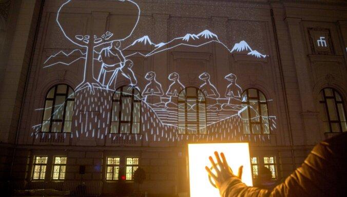 """""""Ночной"""" мэр Риги: идея оказалась сырой. Но город освещать все же надо"""