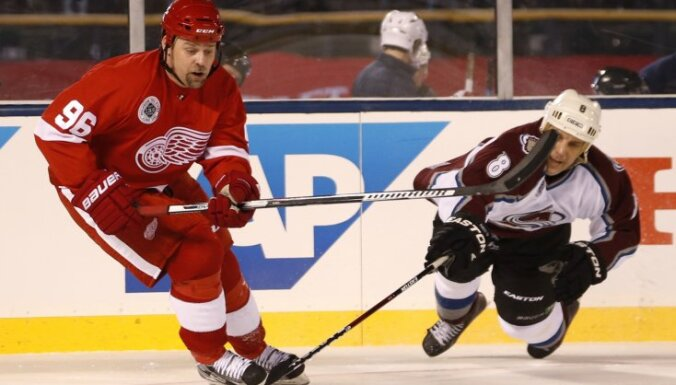 Sandis Ozolinsh, Tomas Holmstrom, Red Wings Avalanche Alumni Hockey