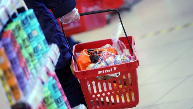 В Rimi и Maxima ограничат число корзин и тележек, чтобы контролировать число посетителей магазинов