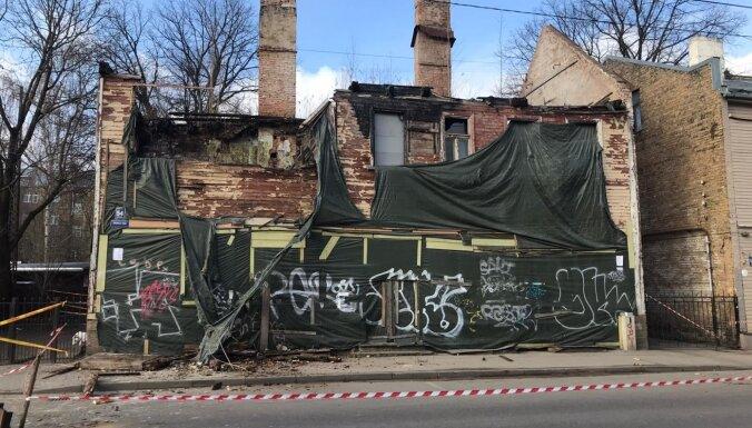 В аварийном здании на улице Матиса рухнули перекрытия