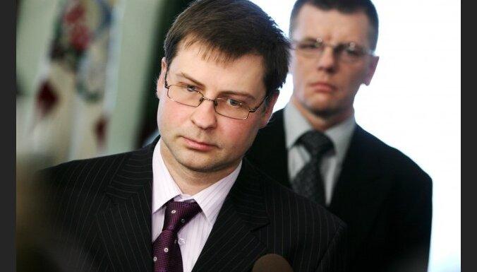 Домбровскис: хаоса в налоговой политике нет