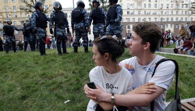 """Российские СМИ: мыльный пузырь под названием """"Навальный"""" лопнул"""