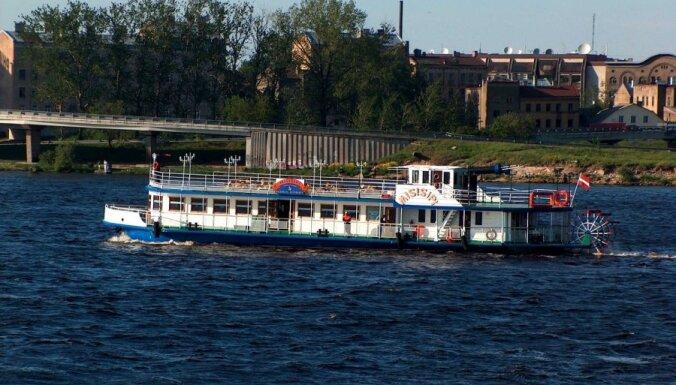 Daugavas kuģīšiem Rīgas dome izīrē deviņas piestātnes