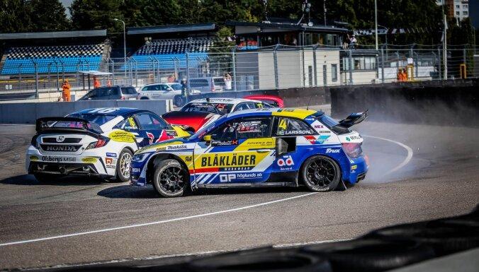 Latviju pārstāvošajiem autosportistiem trīs goda pjedestāli 'RallyX Nordic' sacensībās Rīgā