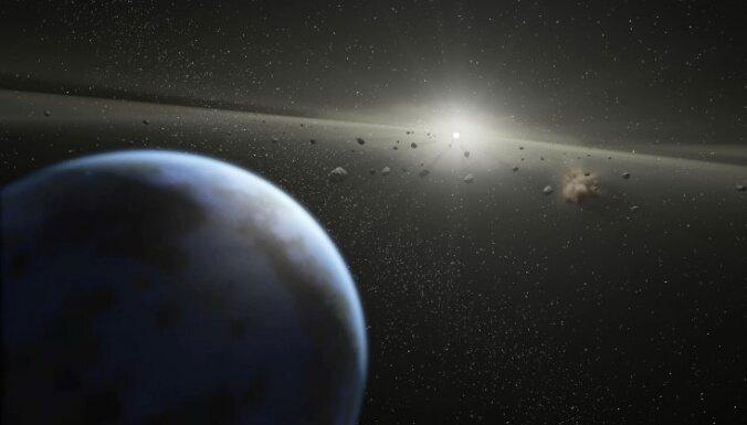 """Ученые: половина океанов Земли """"прилетела из космоса"""""""