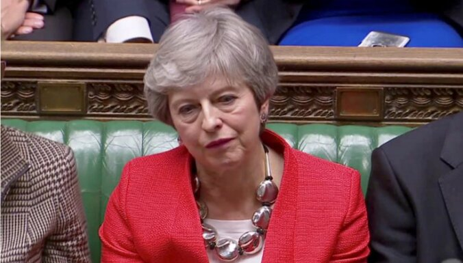 План развода Лондона с ЕС отвергнут. Восемь сценариев, что ждет Британию, Brexit и Мэй