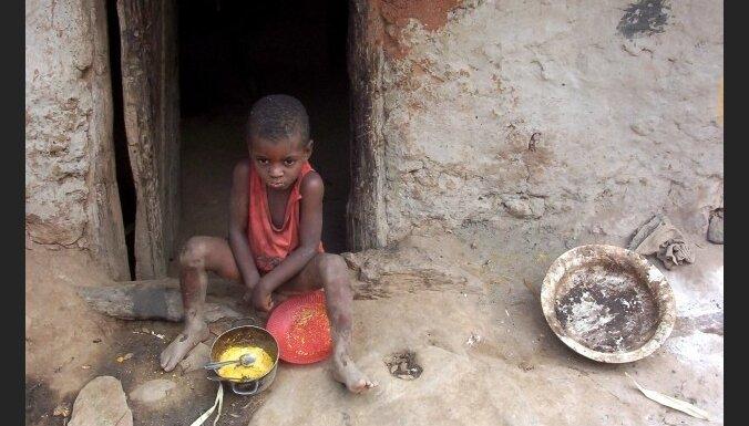 BBC: humānā palīdzība Etiopijai tika tērēta ieroču iegādei