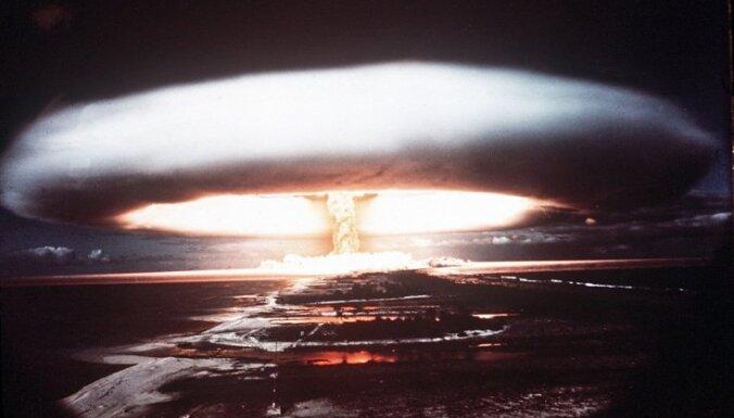 """Ядерная война между США и Россией может """"повергнуть Землю в 10-летнюю ядерную зиму"""""""