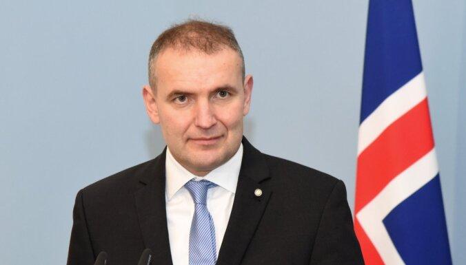 Islandes prezidenta vēlēšanās pārliecinoši uzvar pašreizējais valsts galva (plkst. 18:15)