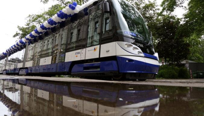 По закрытому маршруту 11-го трамвая будет курсировать специальный автобус