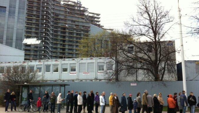 Iespēja apmeklēt Latvijas Nacionālās bibliotēkas ēku izraisa plašu interesi
