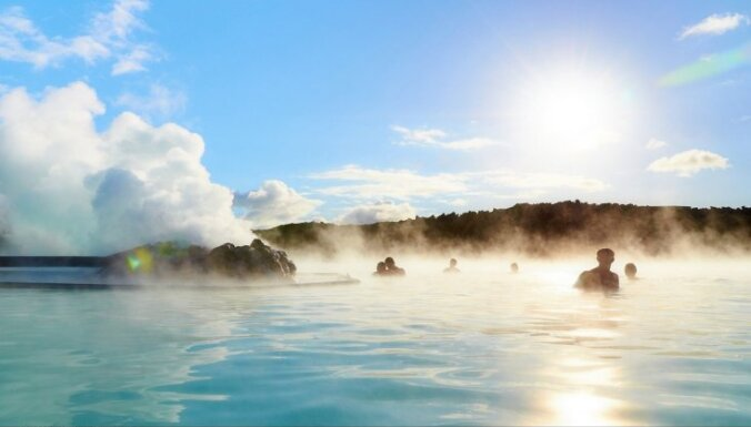Silti pat ziemas spelgonī – Zilās lagūnas ģeotermālais spa Islandē