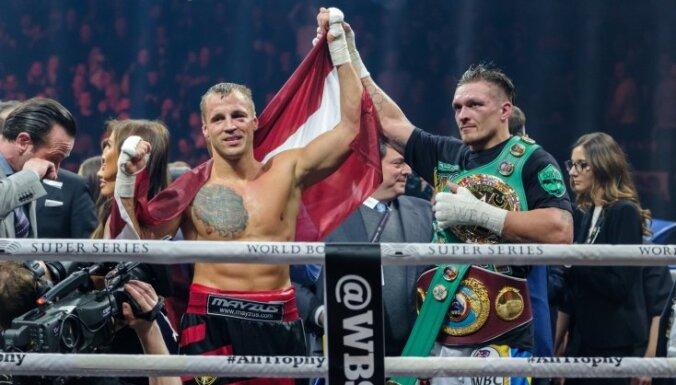 Усик: Бриедис был самым сложным соперником в минувшей суперсерии бокса
