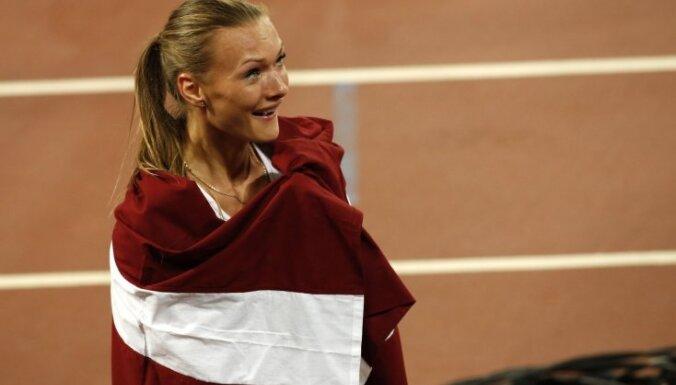 Семиборка Икауниеце-Адмидиня принесла Латвии бронзу чемпионата мира