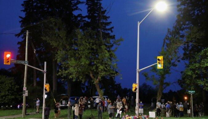 Kanādā uzbrukumā ar kravas auto nogalināti četri musulmaņi