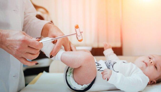 Skaidrojam, kas ir bērnu neirologs un kādas problēmas ārstē