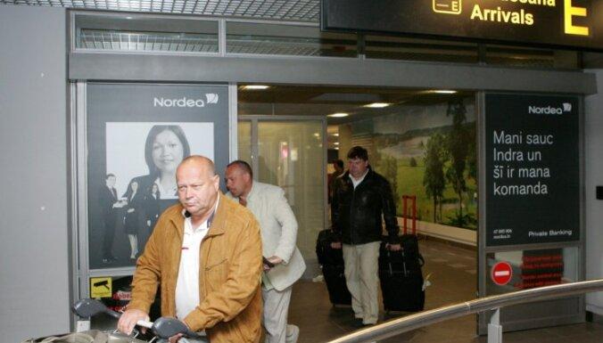 Aptauja: Vairums diasporas pārstāvju domā, ka viņi Latvijas valdībai neinteresē