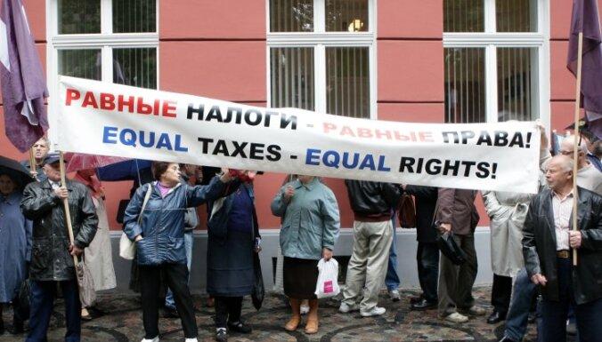 Ceturtdaļa nepilsoņu uzskata, ka viņiem pilsonība pienākas automātiski