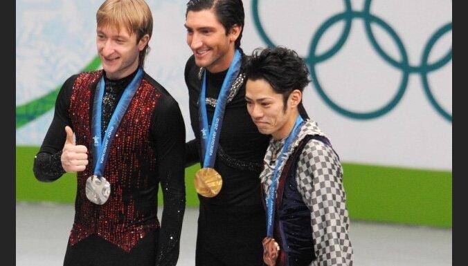 В отсутствие Лайсачека и Плющенко в Турине выиграл японец Такахаси