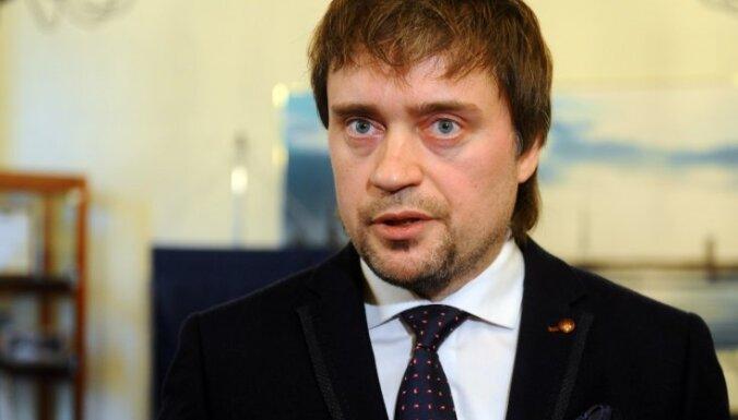 Руководитель Рижского стройуправления Вирцавс получил выговор и повторно отстранен от должности