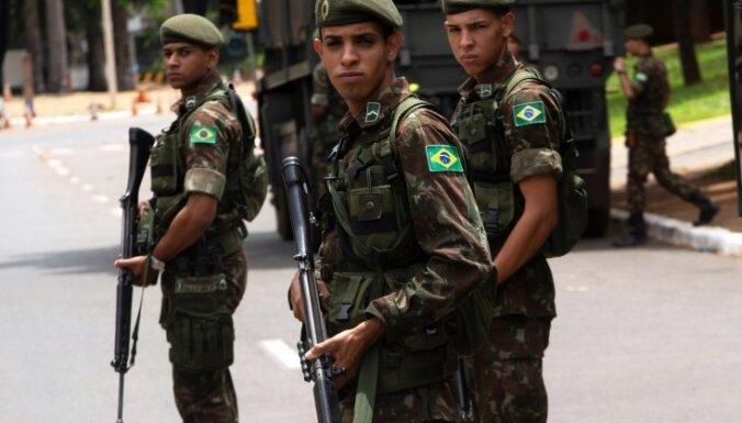 Бразилия призвала Россию убрать военных экспертов из Венесуэлы