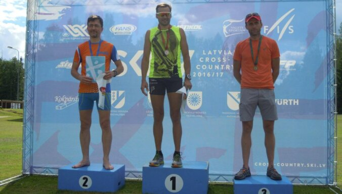 Olimpiskais čempions Vērpalu ātrākais Latvijas čempionātā rollerslēpošanā Priekuļos