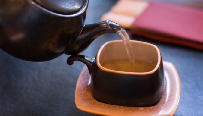 Можно ли похудеть, если пить черный чай? Свойства напитка.