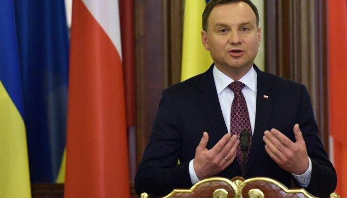 Polijas prezidents: nespēja saukt pie atbildības komunistu noziedzniekus ir apkaunojums