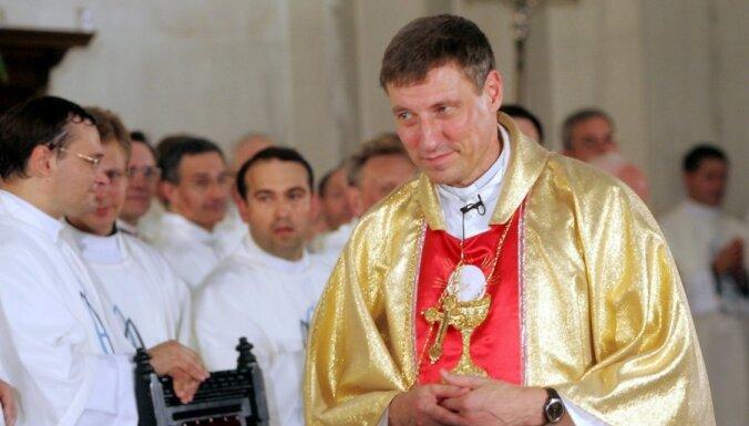 Arhibīskaps Stankevičs: Latvijas vēlētājiem laiks tikt ārā no bērnu autiņiem
