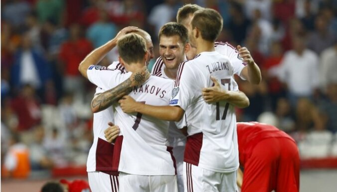 Šabala izrauj Latvijas izlases neizšķirtu spēlē pret Turciju