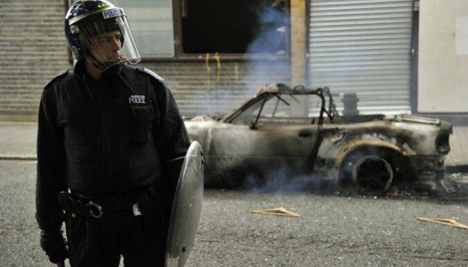 Британия: полиция наведет порядок резиновыми пулями